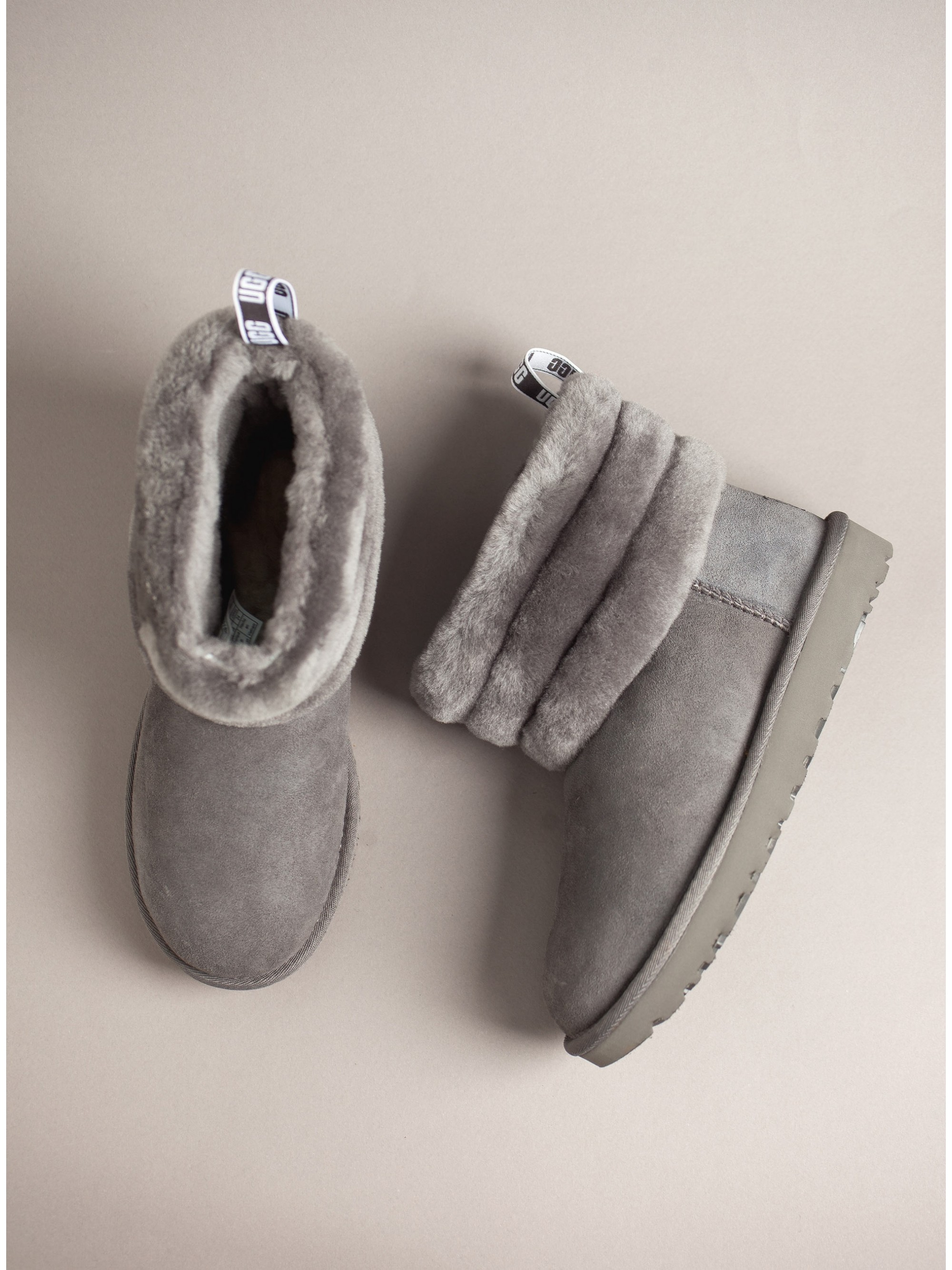 484290f08412 Ugg Australia Ankle Boots Fluff Mini Quilted-Grey. Home · Women  Ugg  Australia Ankle Boots Fluff Mini Quilted-Grey
