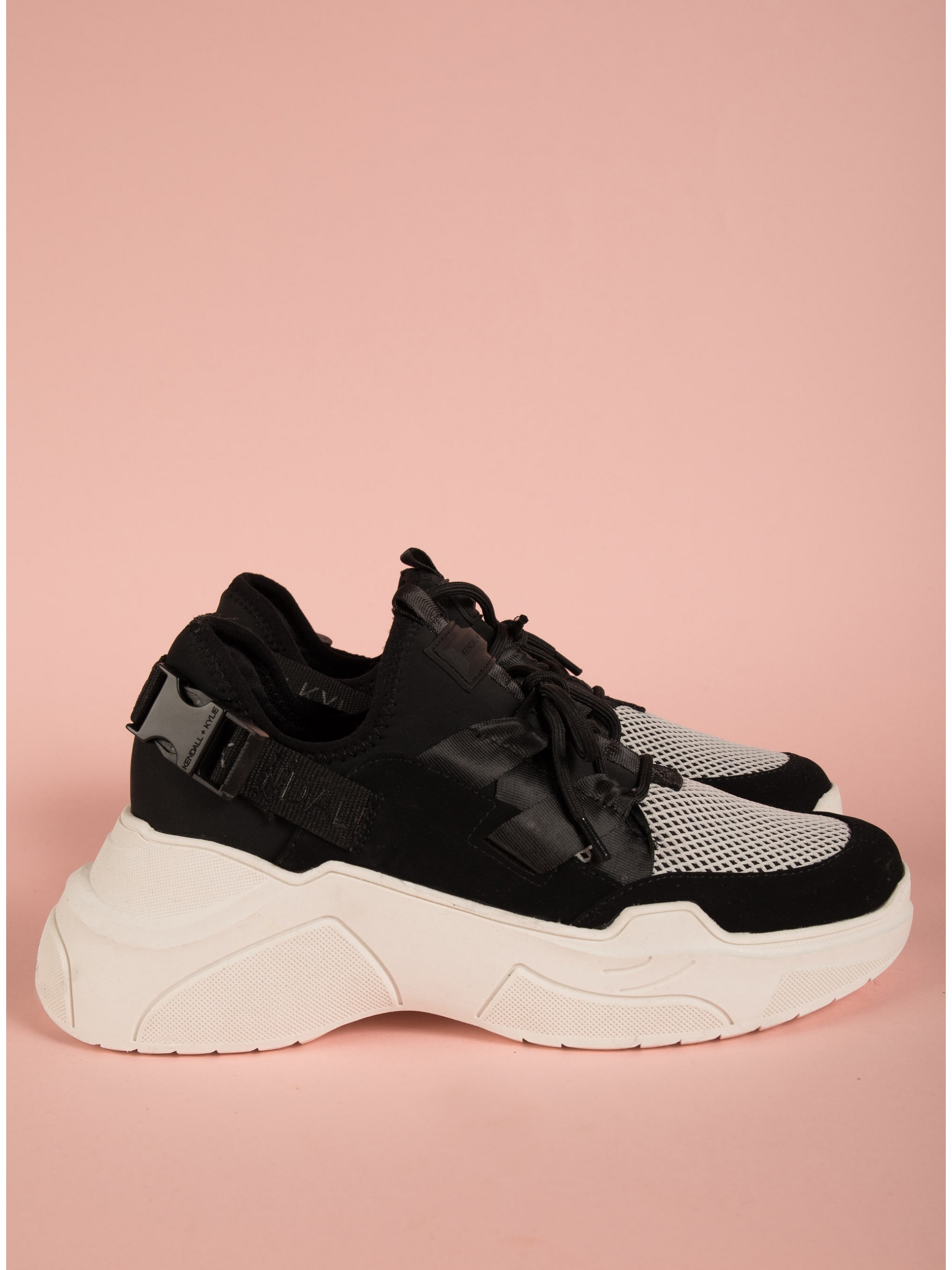 Kendall + Kylie Sneakers Lou Black Sneakers Footwear Women