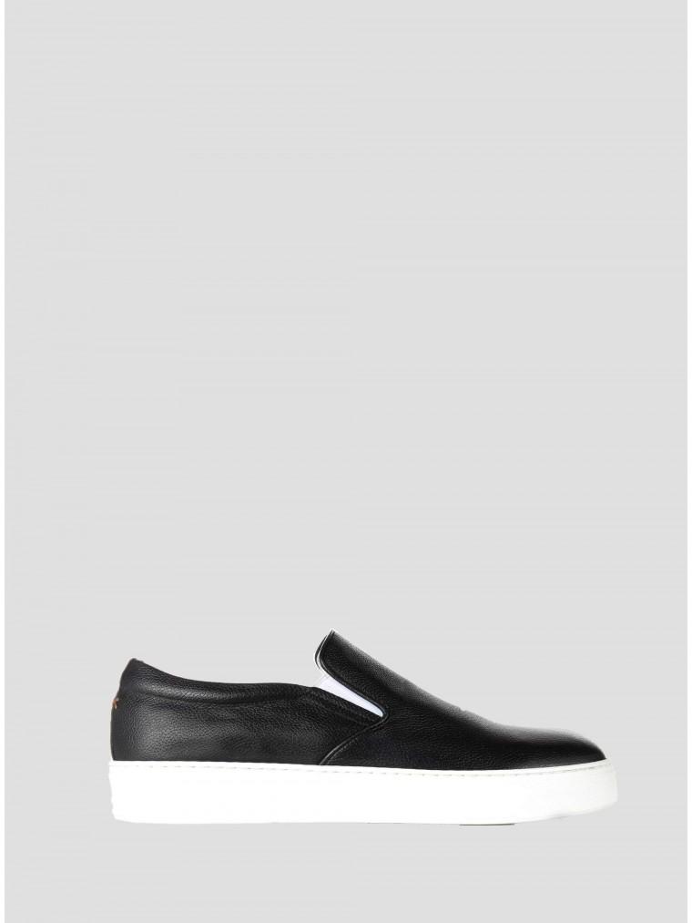 Per La Moda Slip On Shoes-Black
