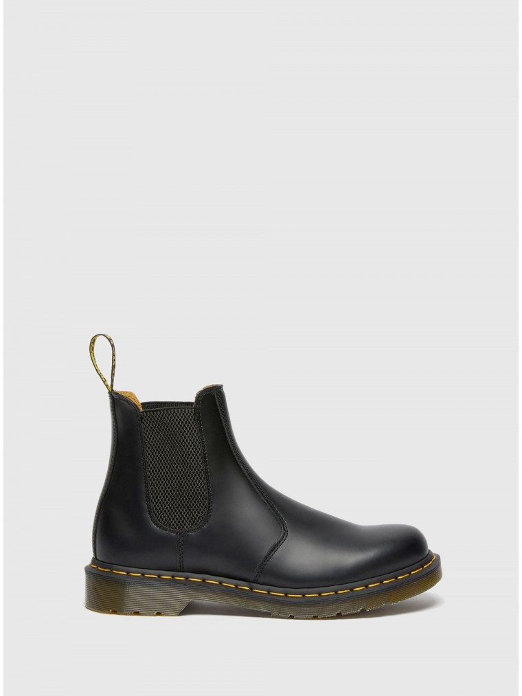 Dr Martens 2976 Smooth Chelsea Boots-Black